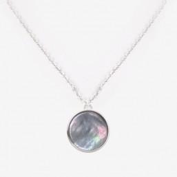 collier argenté et son pendentif en nacre naturelle par Chorange