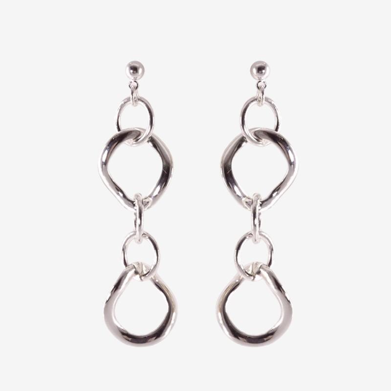 metal earring by Chorange fashion jewelry