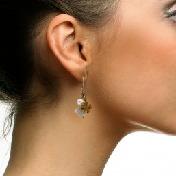 gold earring with mother of pearl by Chorange, french designer of fashion jewels made in France- Parisian jewellerys