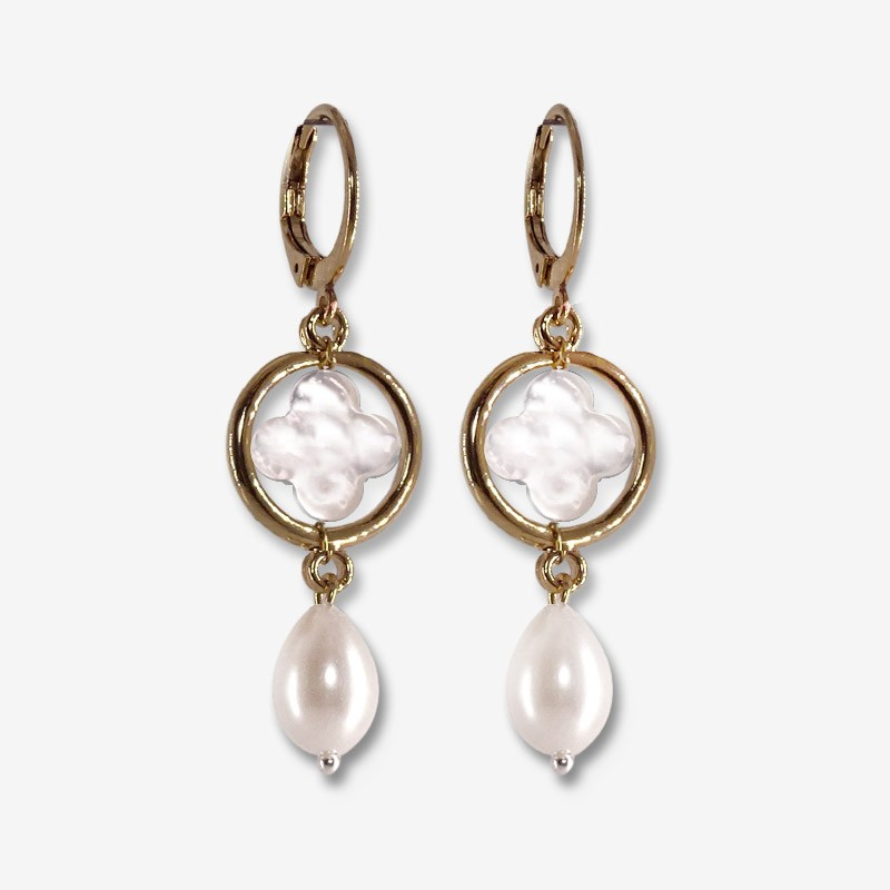 erarring with mother of pearl clover gold or silver plated