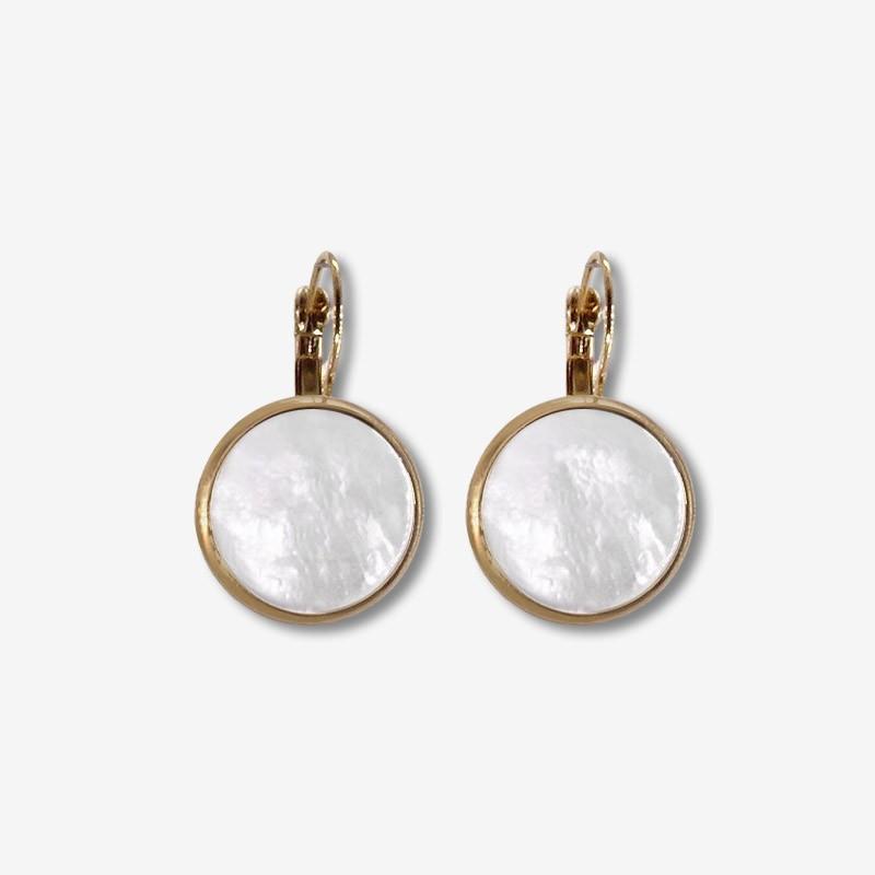 Boucles d'oreilles nacre blanche doré or créateur de bijoux artisanaux