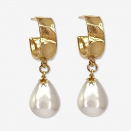 Earring with shell beads, hoops size 2cm