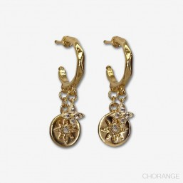 Fancy hoops gold plated-These are designer jewelry in 18k gold plated quality.
