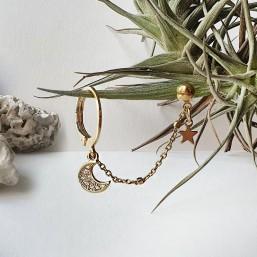 Boucle d'oreille à chaîne creole et étoile et lune plaquée or fin 24 carats